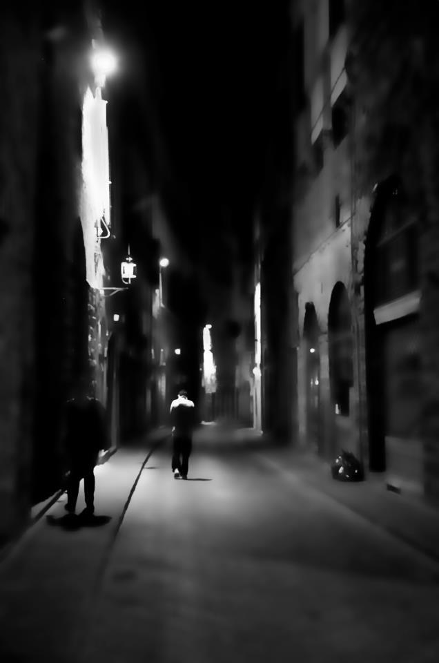 nue la nuit dans la rue pour faire plaisir mon mec